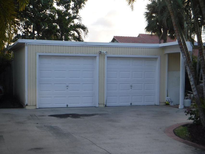 Additional photo for property listing at 102 W Tarpon Lane  Jupiter, Florida 33477 United States