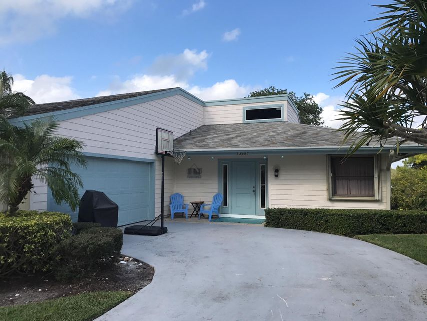 13497 Garth Court , Palm Beach Gardens FL 33418 is listed for sale as MLS Listing RX-10390154 7 photos