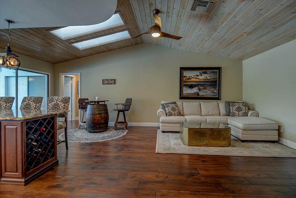 Single Family Home for Sale at 3371 SE Court Drive Stuart, Florida 34997 United States