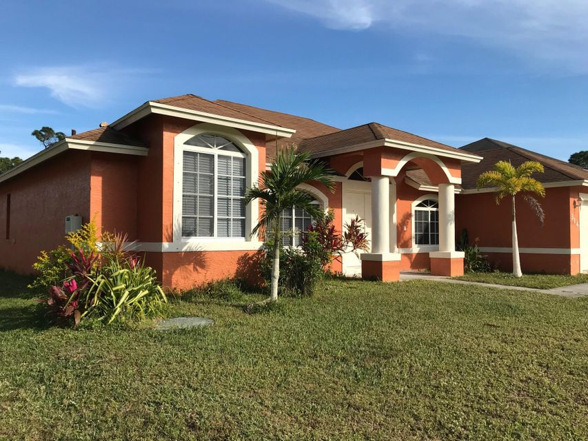 Additional photo for property listing at 314 SW Ridgecrest Drive 314 SW Ridgecrest Drive Port St. Lucie, Florida 34953 Vereinigte Staaten