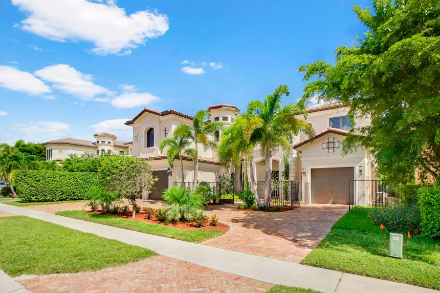 Single Family Home for Sale at 17606 Circle Pond Court 17606 Circle Pond Court Boca Raton, Florida 33496 United States
