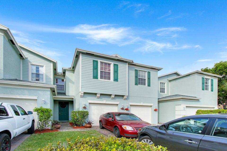 5274 White Oleander  West Palm Beach, FL 33415