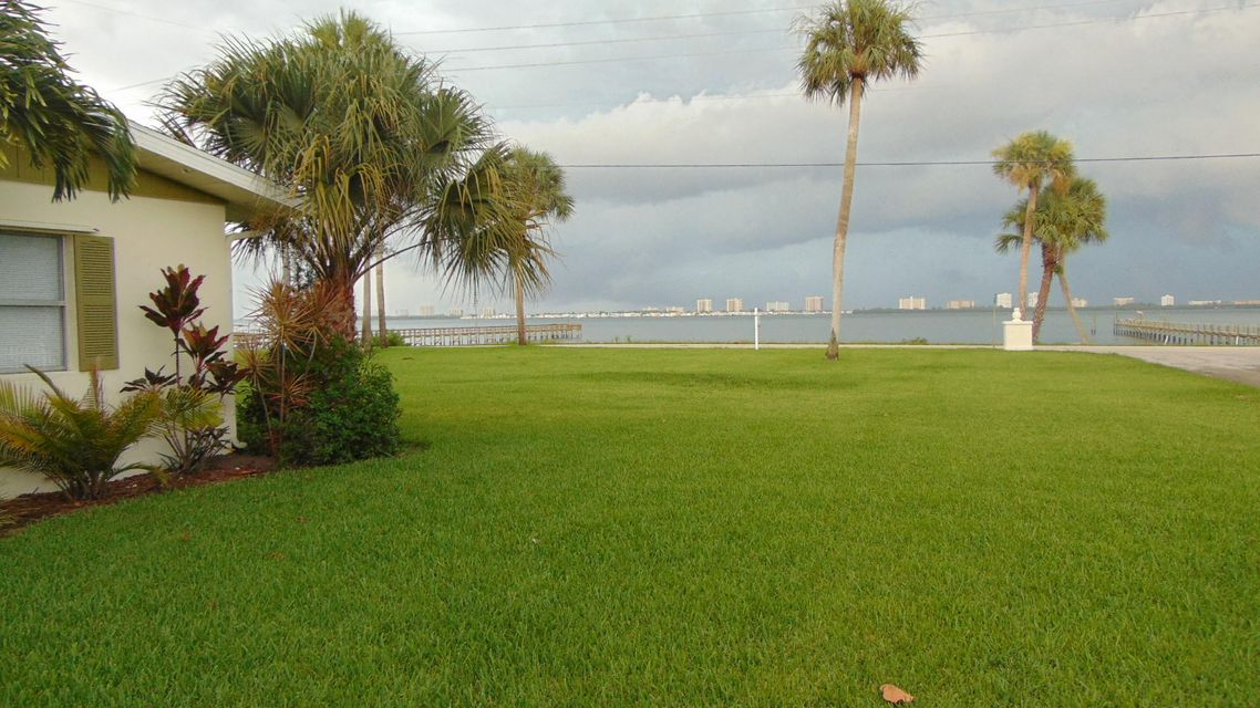 Single Family Home for Sale at 13529 S Indian River Drive Jensen Beach, Florida 34957 United States