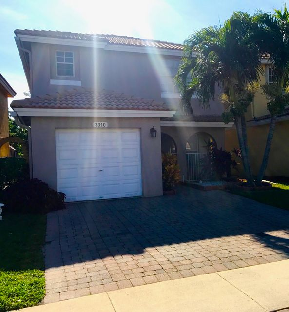 3310 Commodore Court 3310 West Palm Beach, FL 33411 photo 2