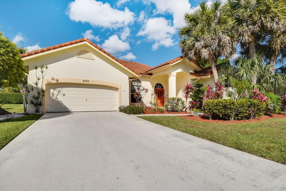 9050 Cypress Hollow Drive  Palm Beach Gardens FL 33418