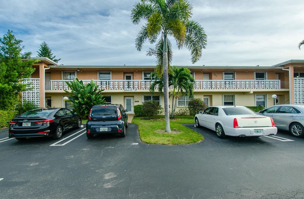 Condominium for Sale at 1840 NW 13th Street # 202 1840 NW 13th Street # 202 Delray Beach, Florida 33445 United States