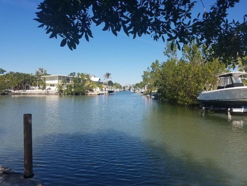 Casa Unifamiliar por un Venta en 126 Seminole Boulevard 126 Seminole Boulevard Tavernier, Florida 33070 Estados Unidos