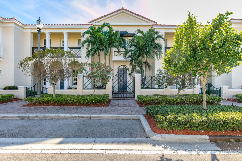 815 NW 82nd Place  Boca Raton FL 33487