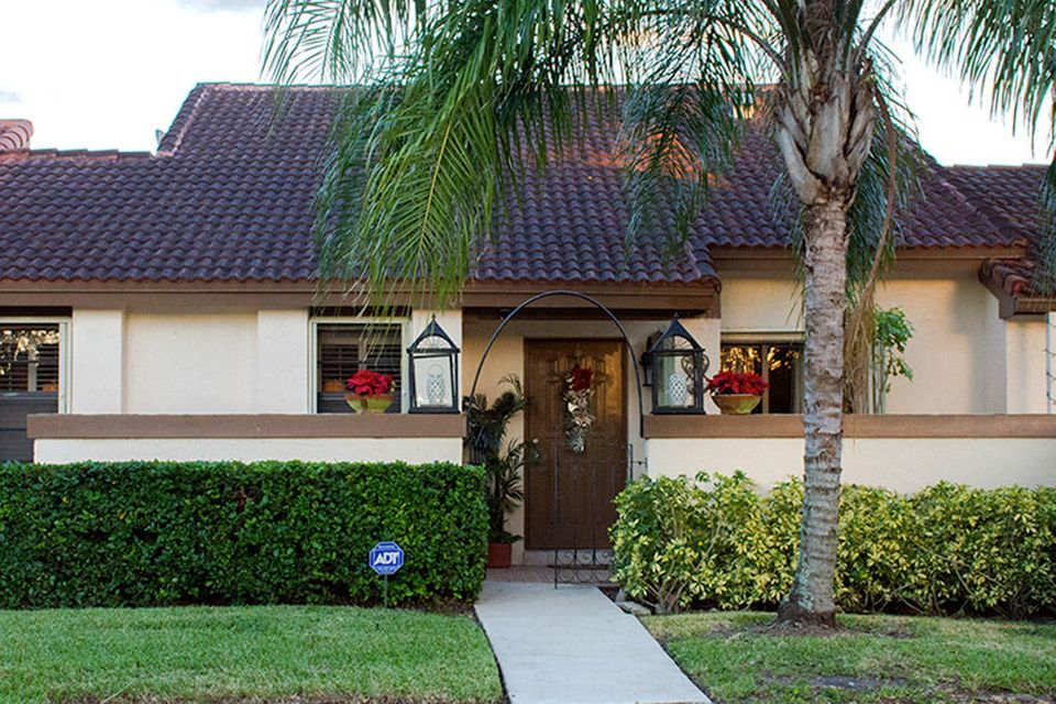 Townhouse for Sale at 17361 NW 66th Court 17361 NW 66th Court Hialeah, Florida 33015 United States