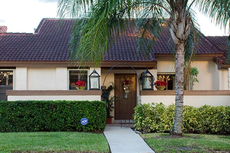 Casa unifamiliar adosada (Townhouse) por un Venta en 17361 NW 66th Court 17361 NW 66th Court Hialeah, Florida 33015 Estados Unidos