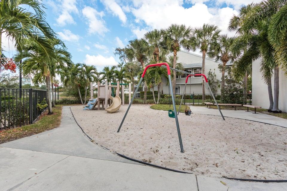 5466 Grand Park Place Boca Raton, FL 33486 - photo 34