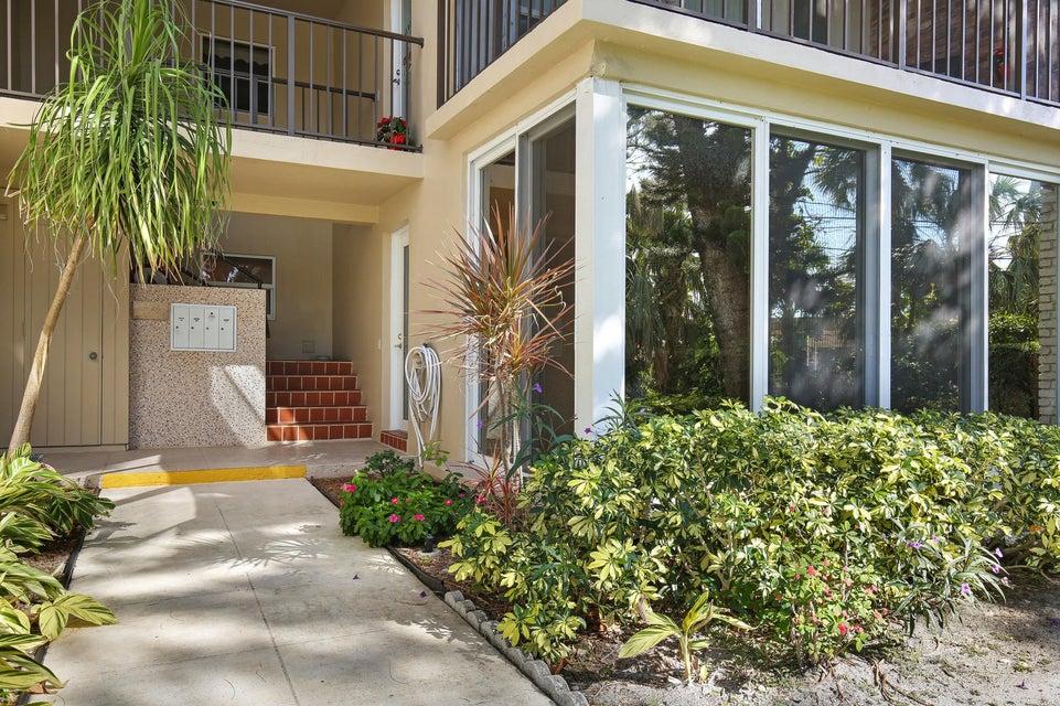 Home for sale in BERKELEY SQUARE Boca Raton Florida