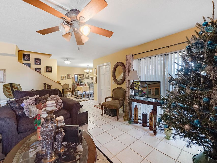 4827 Alder Drive A West Palm Beach, FL 33417 photo 11