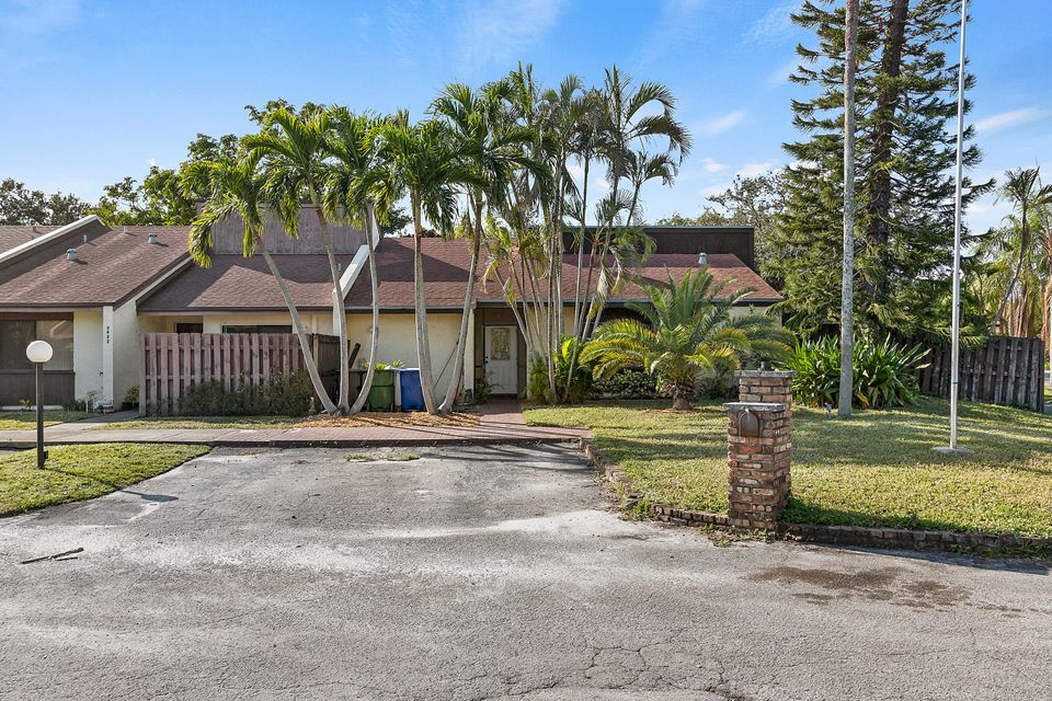 Home for sale in PALM-AIRE VILLAGE SEC 3 Fort Lauderdale Florida