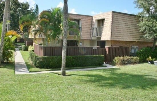 Townhouse for Sale at 2983 SW Sunset Trace Circle Palm City, Florida 34990 United States