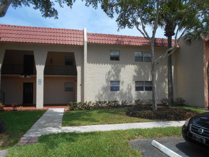 312 Lake Dora Drive  West Palm Beach, FL 33411