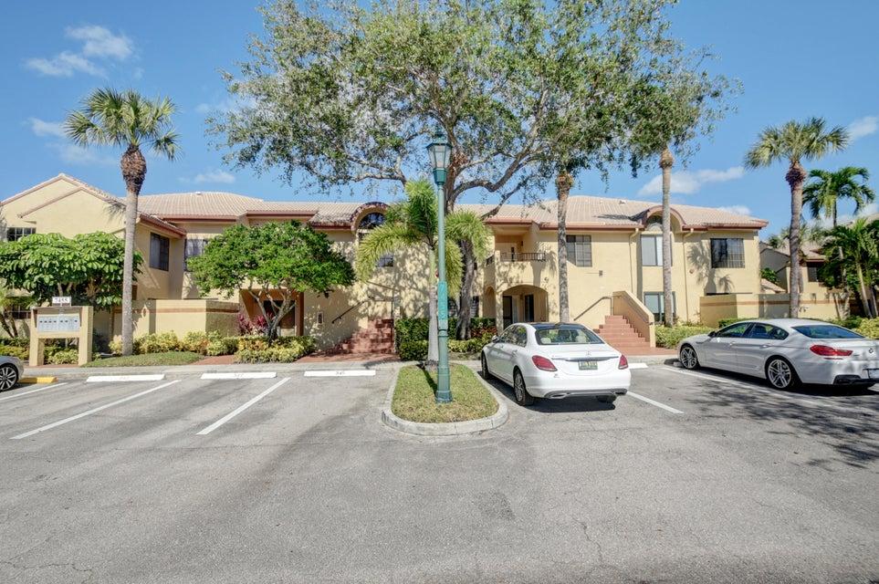 Condominium for Rent at 7455 Glendevon Lane # 207 7455 Glendevon Lane # 207 Delray Beach, Florida 33446 United States
