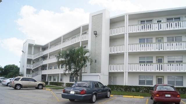450 Wellington H  West Palm Beach, FL 33417
