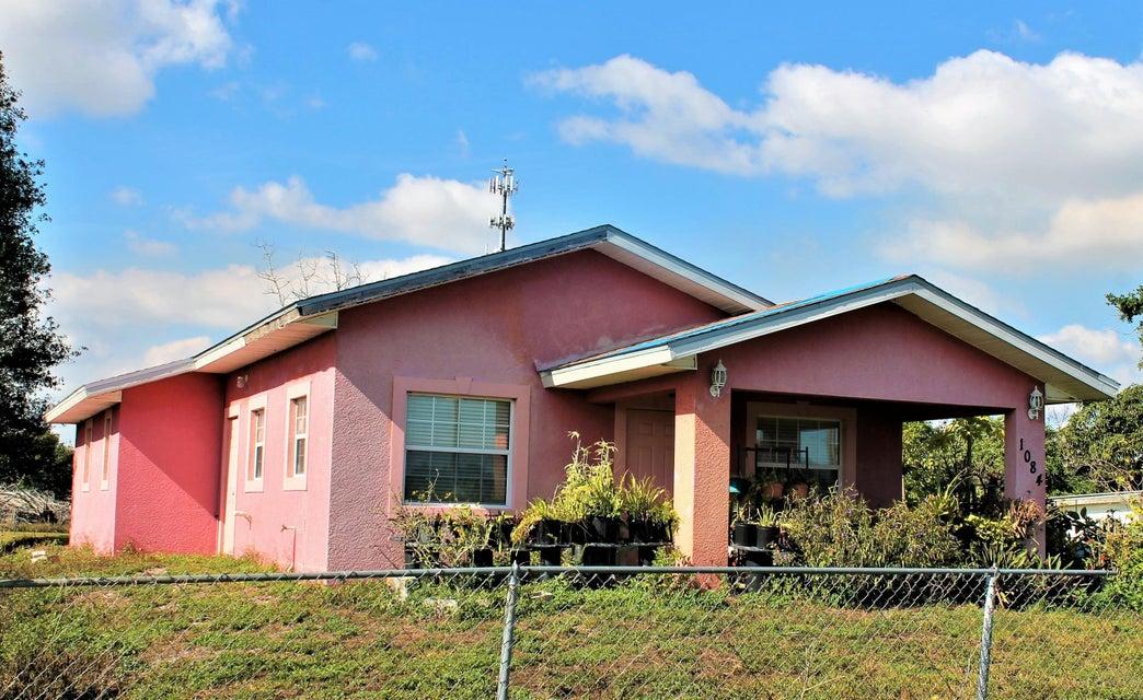 Частный односемейный дом для того Продажа на 1084 Saddle Lane 1084 Saddle Lane Moore Haven, Флорида 33471 Соединенные Штаты