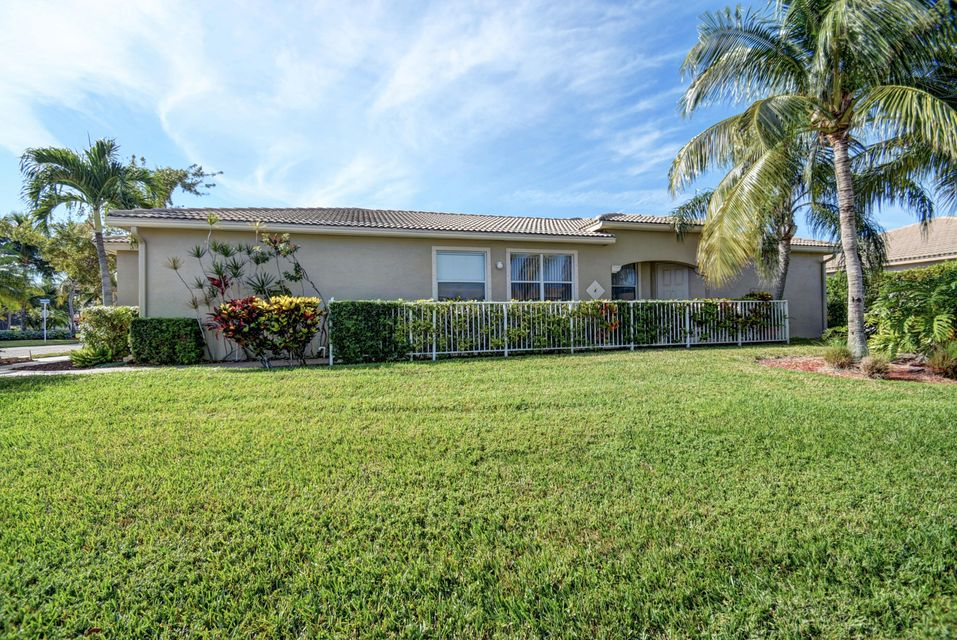 2195 Umbrella Cay West Palm Beach, FL 33411 photo 2