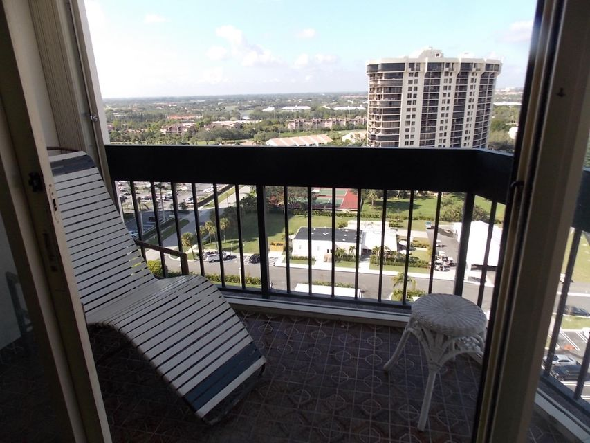 2400 Presidential Way 1701 West Palm Beach, FL 33401 photo 15