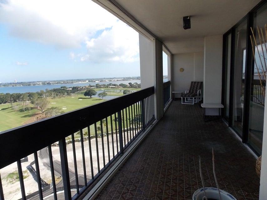 2400 Presidential Way 1701 West Palm Beach, FL 33401 photo 26