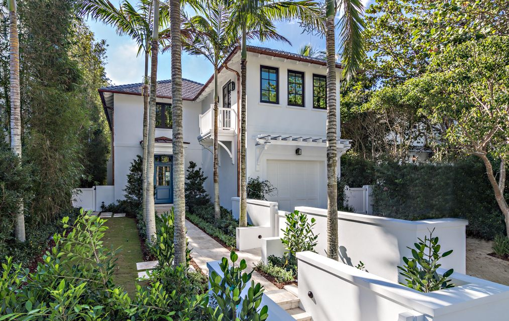 412  Brazilian Avenue , Palm Beach FL 33480 is listed for sale as MLS Listing RX-10380633 photo #2