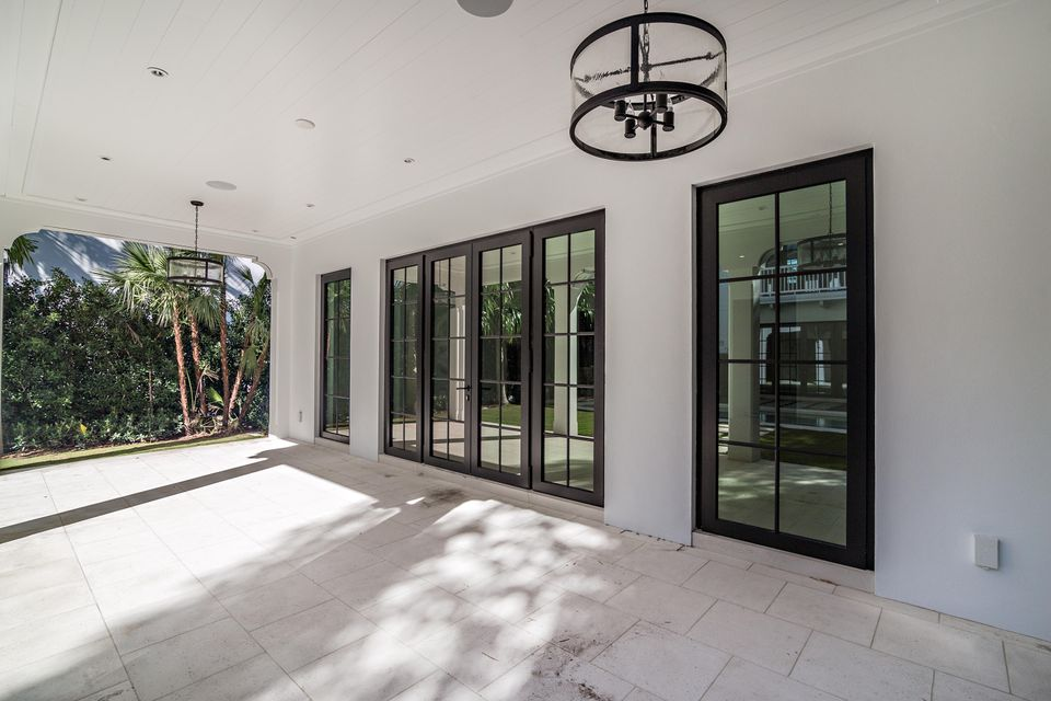 412  Brazilian Avenue , Palm Beach FL 33480 is listed for sale as MLS Listing RX-10380633 photo #5
