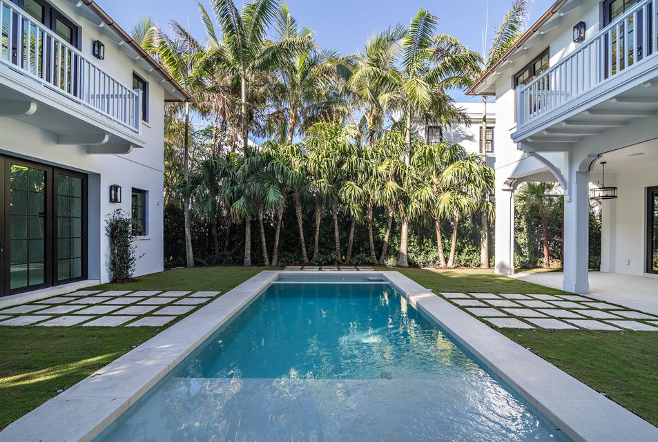 412  Brazilian Avenue , Palm Beach FL 33480 is listed for sale as MLS Listing RX-10380633 photo #3