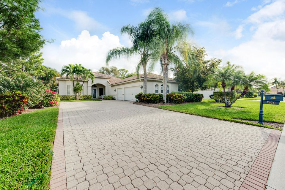 7676 Ironhorse Boulevard West Palm Beach, FL 33412 photo 2