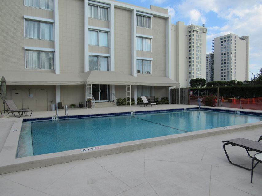 1527 S Flagler Drive 114f West Palm Beach, FL 33401 small photo 9