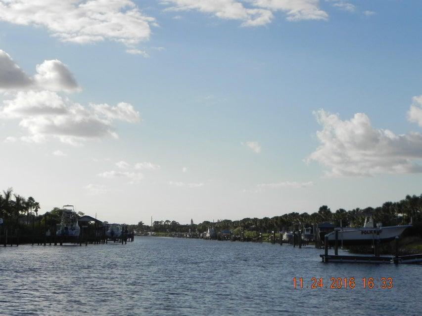 SOUTHBEND PORT SAINT LUCIE FLORIDA