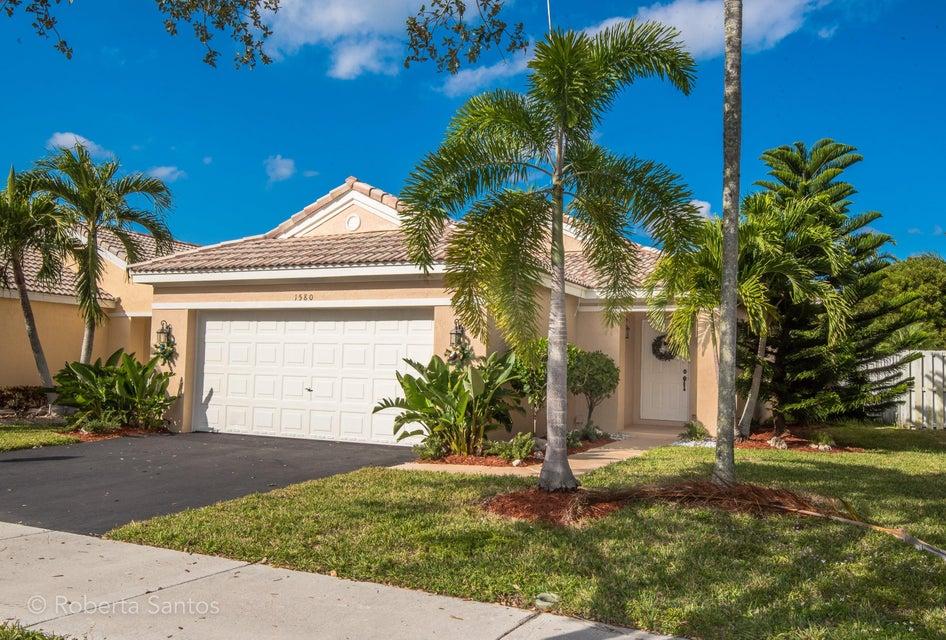 Частный односемейный дом для того Продажа на 1580 Salerno Circle 1580 Salerno Circle Weston, Флорида 33327 Соединенные Штаты