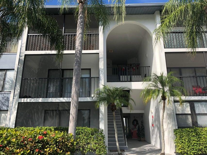 1015 Green Pine Blvd E3  West Palm Beach, FL 33409