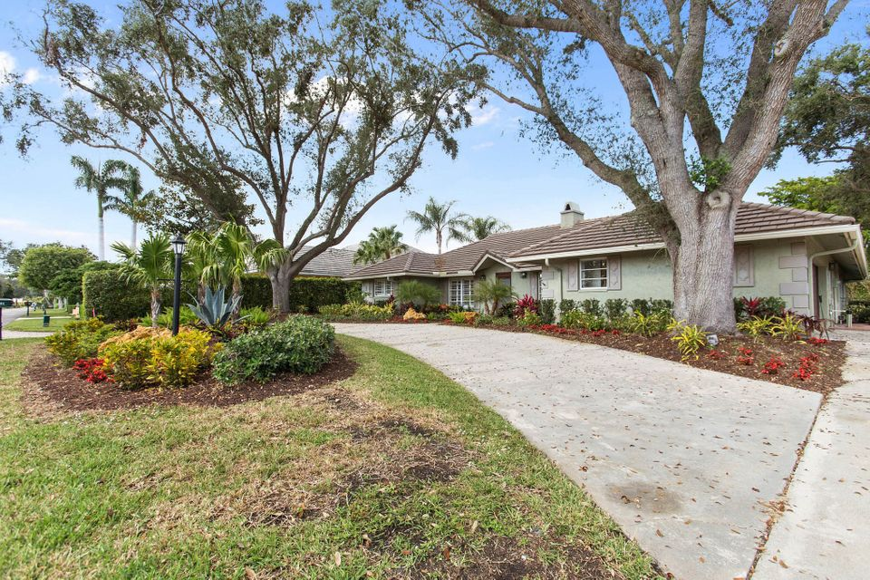 Single Family Home for Sale at 4401 Saint Andrews Drive 4401 Saint Andrews Drive Boynton Beach, Florida 33436 United States