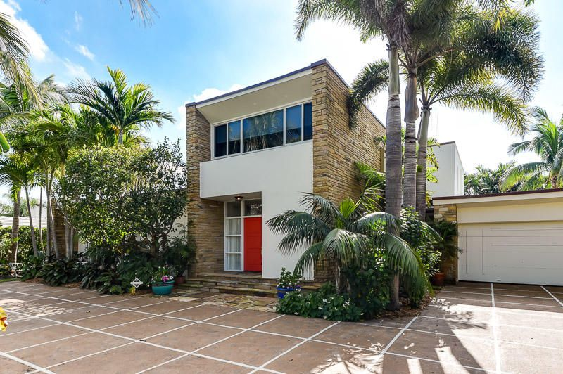 244 Nightingale Trail , Palm Beach FL 33480 is listed for sale as MLS Listing RX-10398018 14 photos