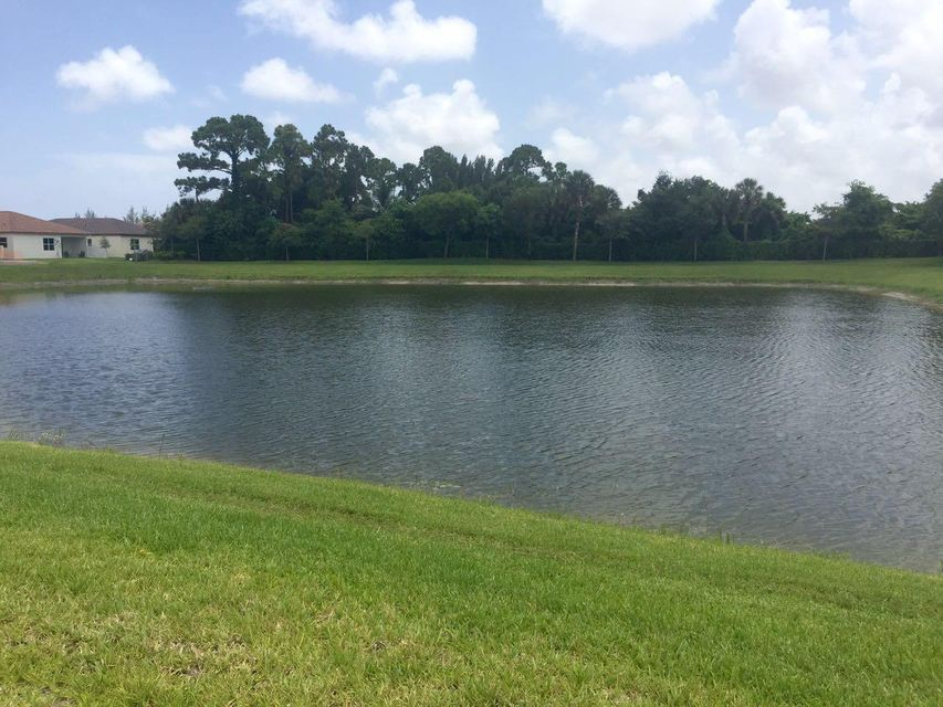 4766 Capital Drive Lake Worth, FL 33463 photo 4