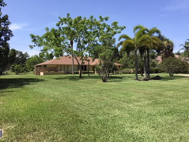 Single Family Home for Rent at 13724 Greentree Trail 13724 Greentree Trail Wellington, Florida 33414 United States