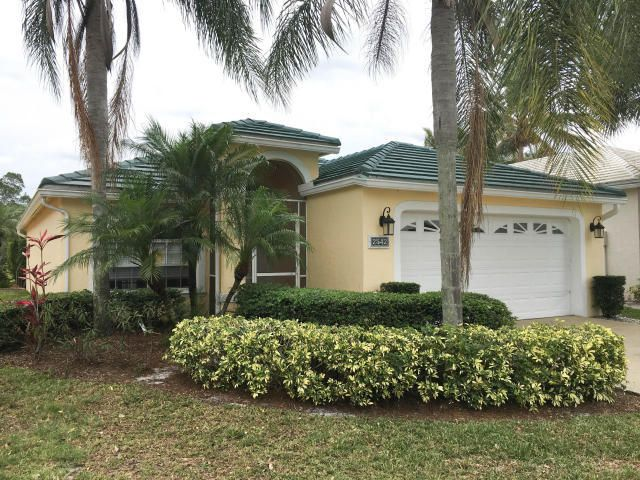 Single Family Home for Rent at 2542 Country Golf Drive 2542 Country Golf Drive Wellington, Florida 33414 United States