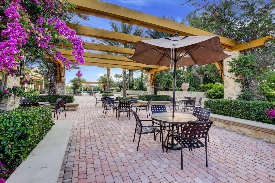 Additional photo for property listing at 284 Carina Drive 284 Carina Drive Jupiter, Florida 33478 United States