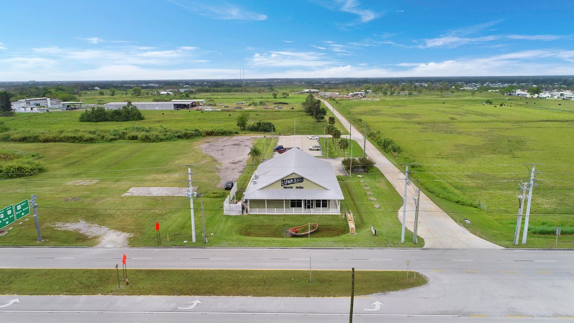 Additional photo for property listing at 4825 Us Highway 441 4825 Us Highway 441 Okeechobee, Florida 34974 United States