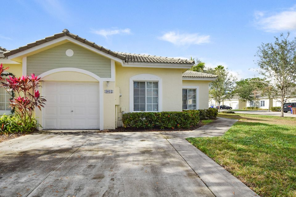 Home for sale in OLYMPIA & YORK RESIDENTIAL PLAT Deerfield Beach Florida