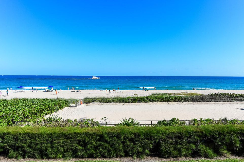 Additional photo for property listing at 110 Sunset Avenue # 2 B  Palm Beach, Florida 33480 United States