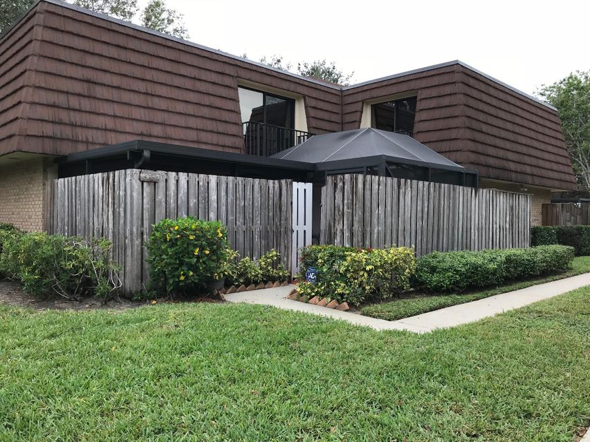 303 3rd Lane , Palm Beach Gardens FL 33418 is listed for sale as MLS Listing RX-10392453 3 photos