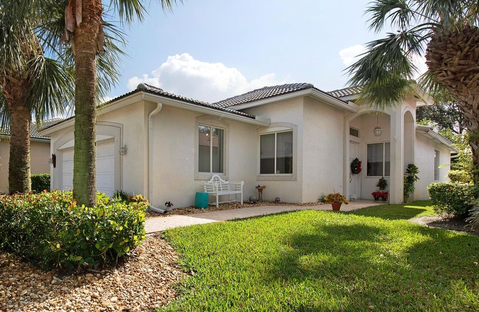 9118 Bay Point Circle  West Palm Beach, FL 33411