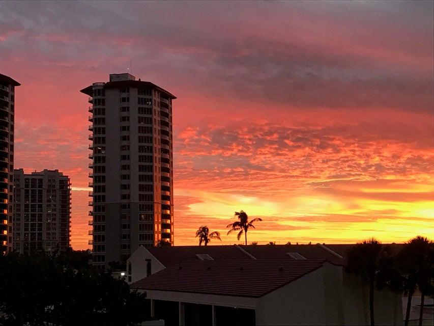 Condominium for Rent at 4200 N Ocean Drive # 304-1 4200 N Ocean Drive # 304-1 Singer Island, Florida 33404 United States
