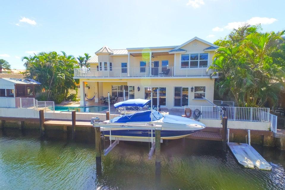 独户住宅 为 销售 在 847 Dover Street 847 Dover Street 博卡拉顿, 佛罗里达州 33487 美国