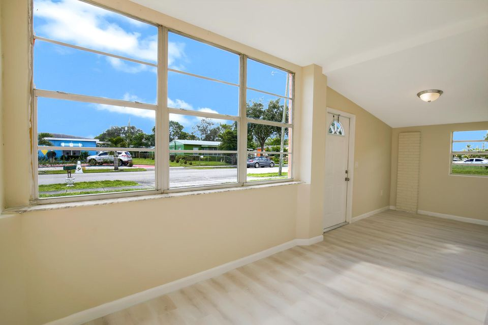 Home for sale in Lauderdale Manors Fort Lauderdale Florida