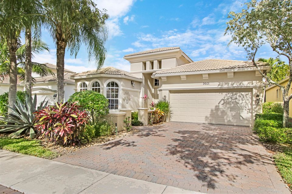 BUENA VIDA home 9601 Via Elegante Wellington FL 33411