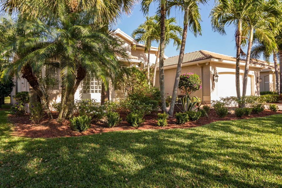 7697 Royale River Lane Lake Worth, FL 33467 photo 2